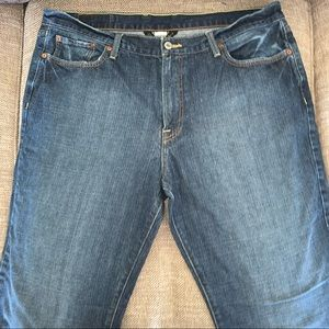 EUC Lucky Brand Short Inseam Jeans Size 38.